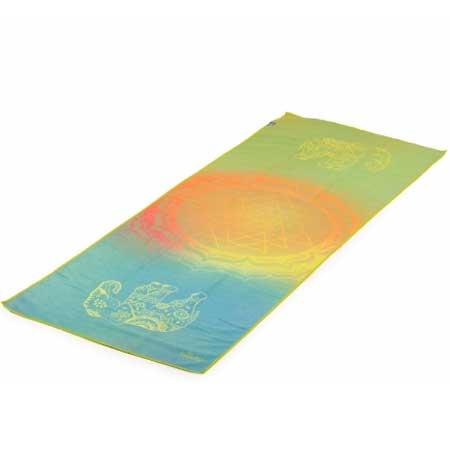 serviette tapis de yoga