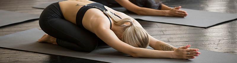 Comparaison entre yoga spirituel et yoga intensif